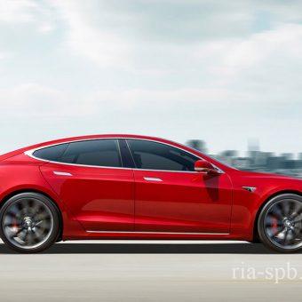 Тесла не будет продавать Модель Си